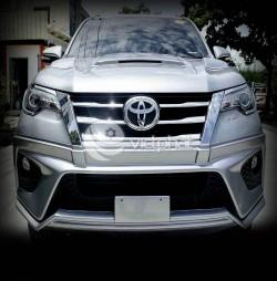 Ốp cản trước & nắp Capo Toyota Fortuner